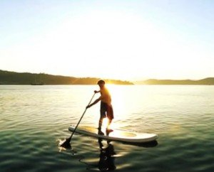 The SUP reverse paddle turn