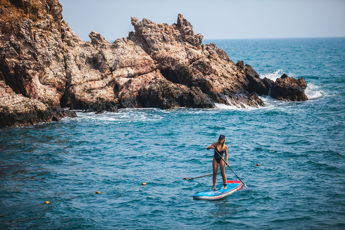 great all round beginner sup paddle board with starboard and green water sports