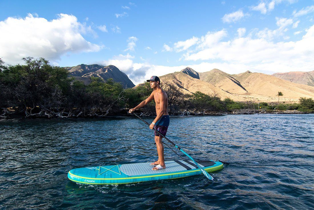 paddling the fanatic fly air premium in maui green water sports
